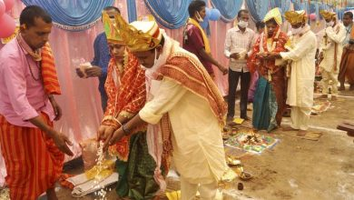 Karnataka issues fresh COVID-19 guidelines, prohibits religious events, limits indoor marriages